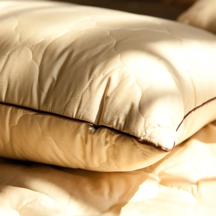 Подушка с верблюжьей шерстью Natures Сон Шахерезады 50х68 - фото 14288