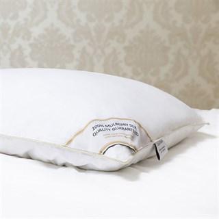 Подушка шелковая 50х70 1,5 кг Luxe Dream Premium Silk collection высокая (19 см)