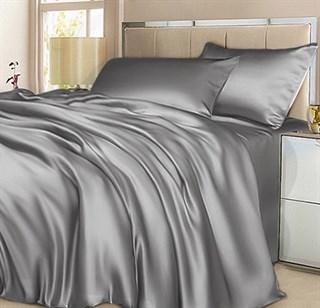 Шелковое постельное белье Silver евро с простыней на резинке