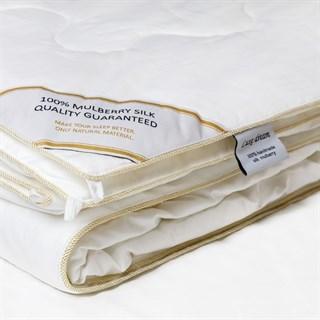Одеяло шелковое Luxe Dream Premium Silk 200х220 всесезонное
