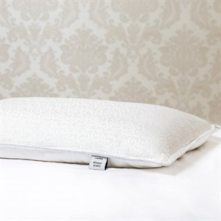 Подушка шелковая 50х70 1,3 кг Luxe Dream Luxury Silk средняя (высота 14 см)