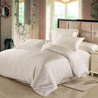 Шелковое постельное белье Айвори евро с простыней на резинке