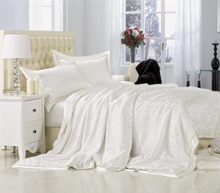 Шелковое постельное белье Монпелье семейное