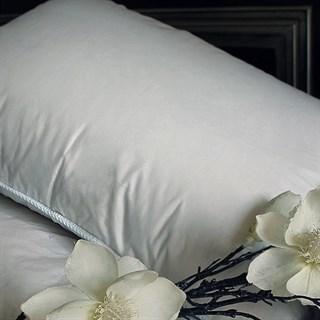 Подушка пуховая Natures Легкий сон 68х68 упругая